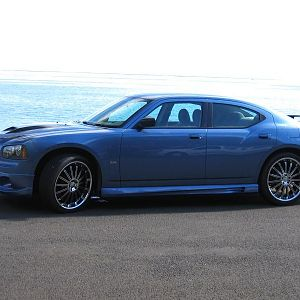 Charger side 08